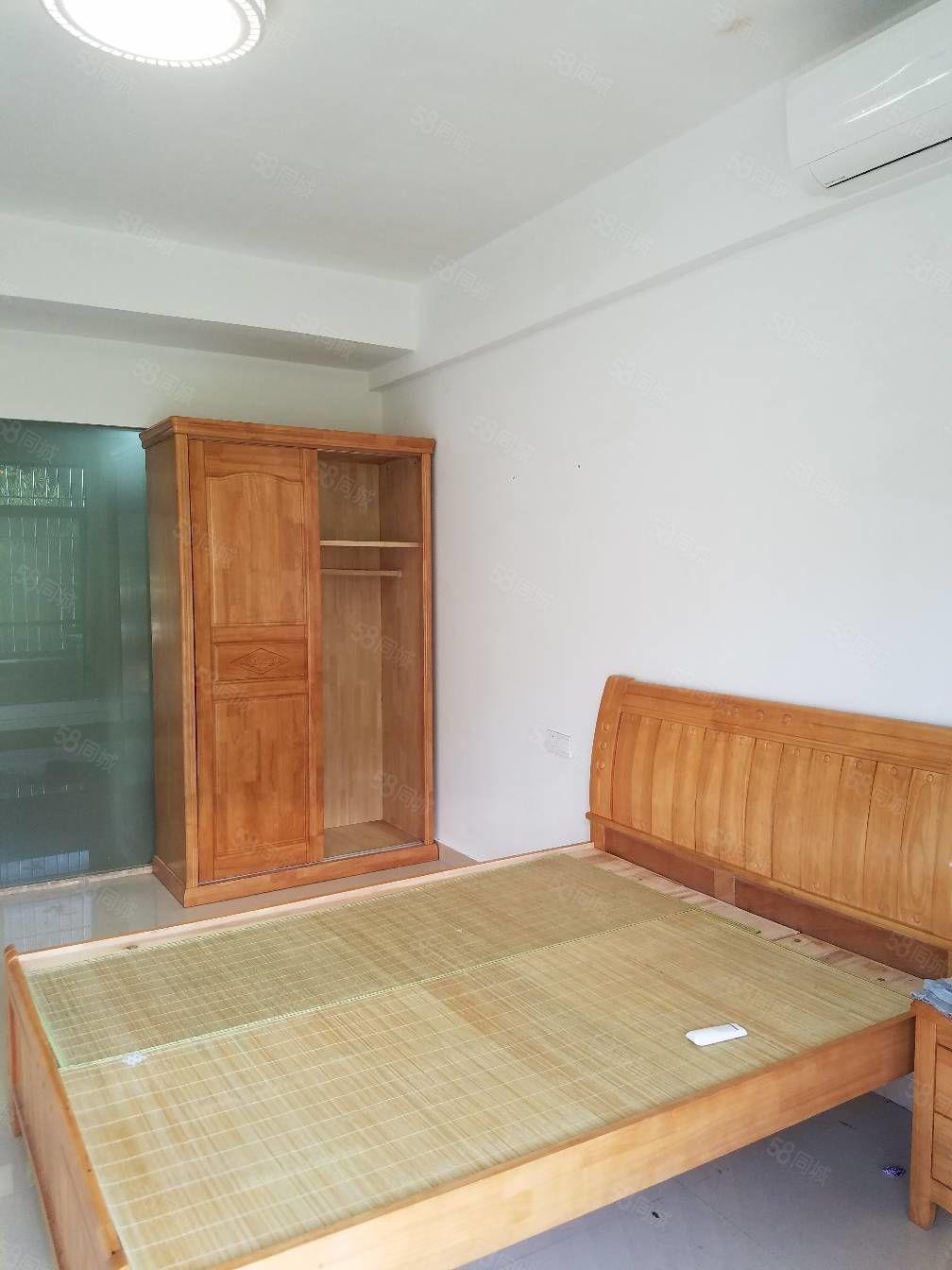 中国红南站旁塔山村民房有电梯单间带阳台居家出租设备齐全