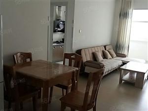 兴港景苑1室1厅60平干净卫生位置佳