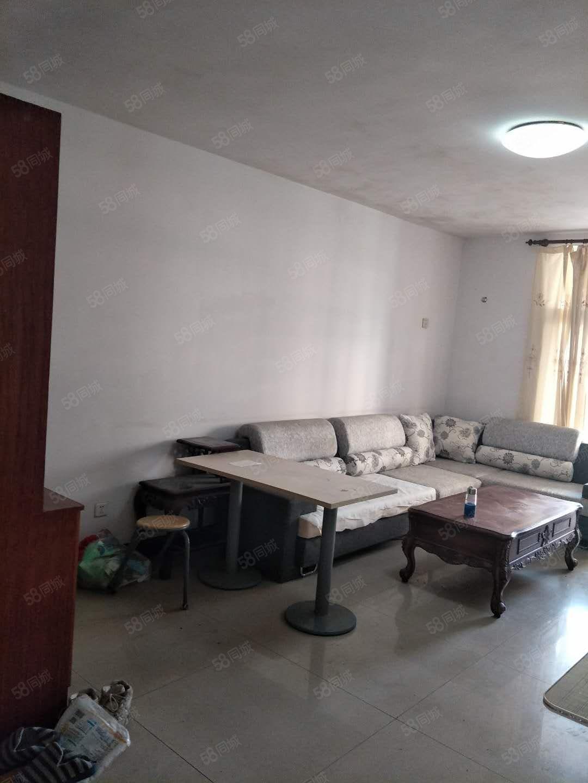 金象小区新装修私房拎包入住