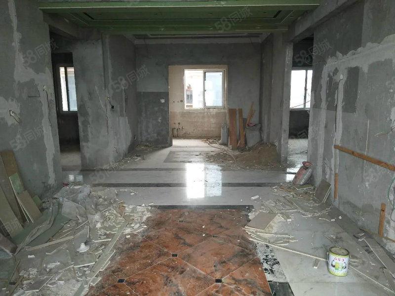 碧桂园五星社区半装修多层电梯三房支持分期!急售