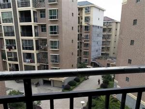 德芳雅苑二期4楼3室2厅2卫纯毛坯即买即装修