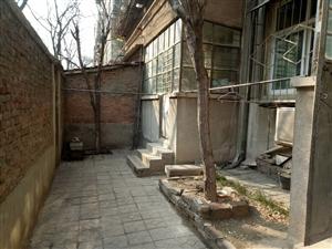 外国语中学划片外小19中双气一楼带院子可做门面整洁可贷款