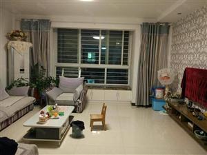 科达D区140平三室两厅一卫精装修基本未住带车库111万急售