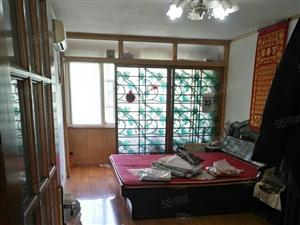 永乐小区套三厅精装双气过五年唯一住房