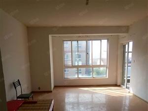 温哥华4期3室一厅简装修出租中