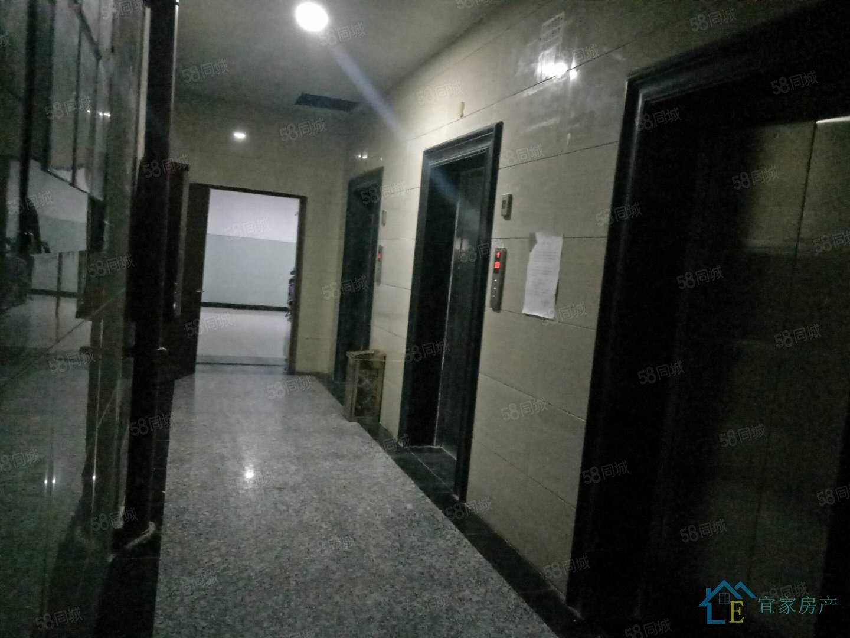 锦江大厦全套高档家私电,设施完善