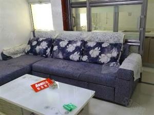 金盛家园温馨一居室47平米30万可贷款房本满2年
