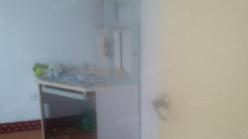 实验小学暖气房6楼3室1厅2空调热水器洗衣机电视天然气家具