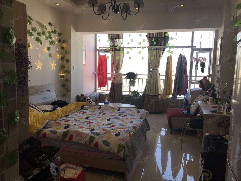 一中旁单生公寓,带全部家具家电,装修小清新适合小情侣居住