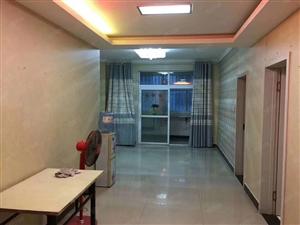 市政府附近有2室精装的房子出租