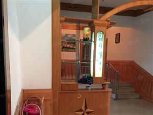 竹林小学对面精装修4室3厅2卫