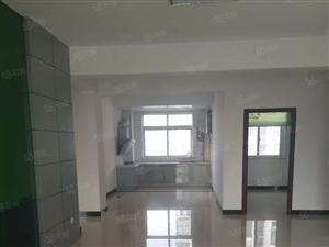 奥林雅苑三室两厅136平米出租