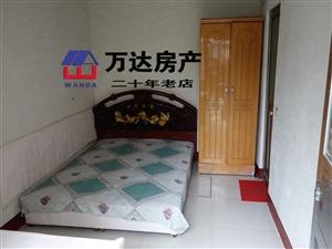 万达广场西汽车站旁站前小区1室1卫太阳能宽带家具