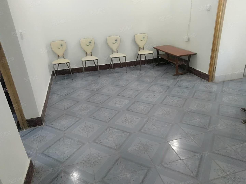 上江北学区房红丰路2室黄金2楼,拎包入住,欢迎咨询
