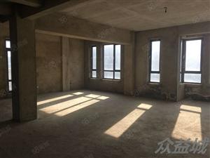 怡心苑别墅,四室两厅两卫,毛坯房可按照您喜欢的风格装修