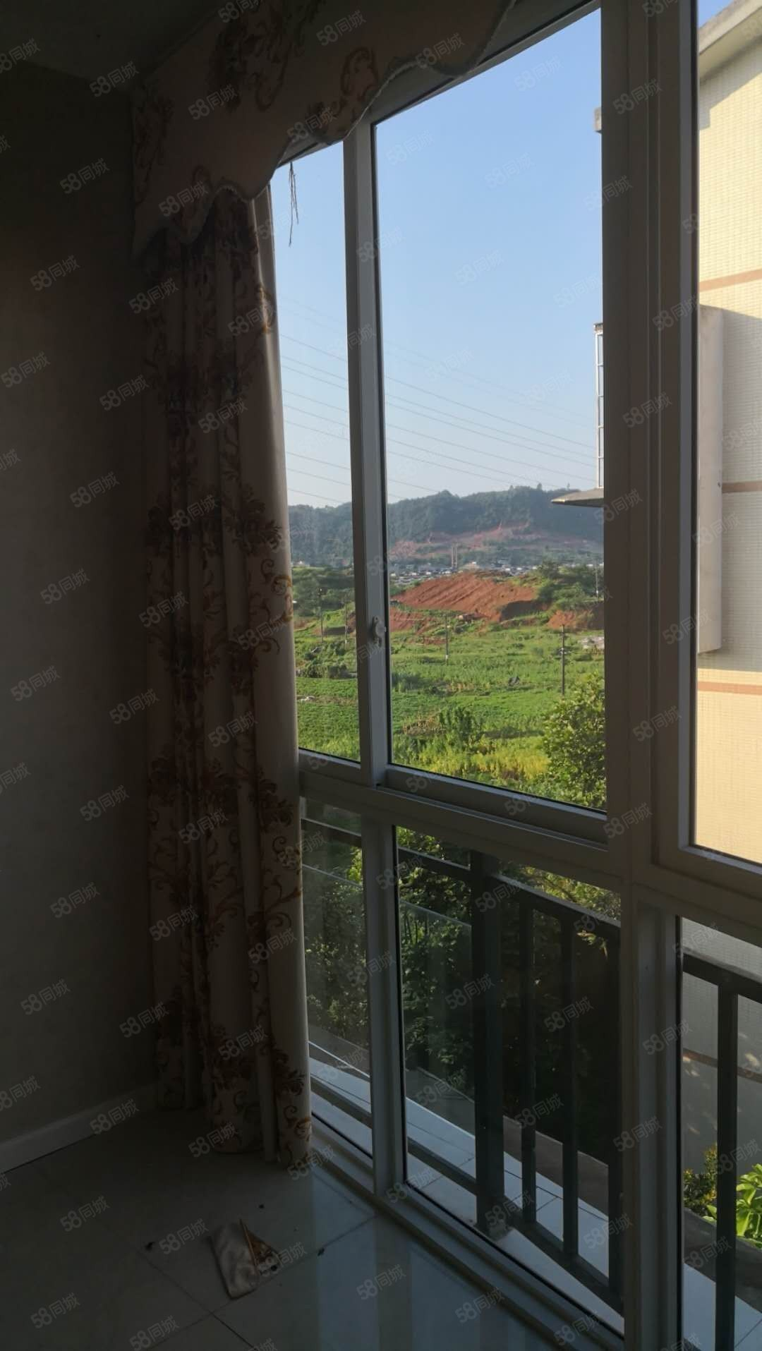 江北鼎业精美三房两厅望山那边