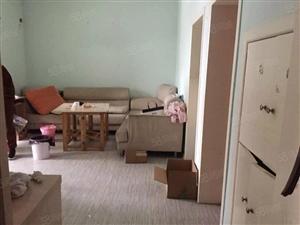 华都、育英小学、老西门附近,全齐大二房,位置好,价格低