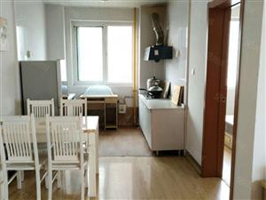 欧美世纪花园精装大套三带家具家电干净宽敞可拎包入住