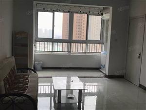 东南华城1室1厅简单家具家电拎包入住就这一套有钥匙