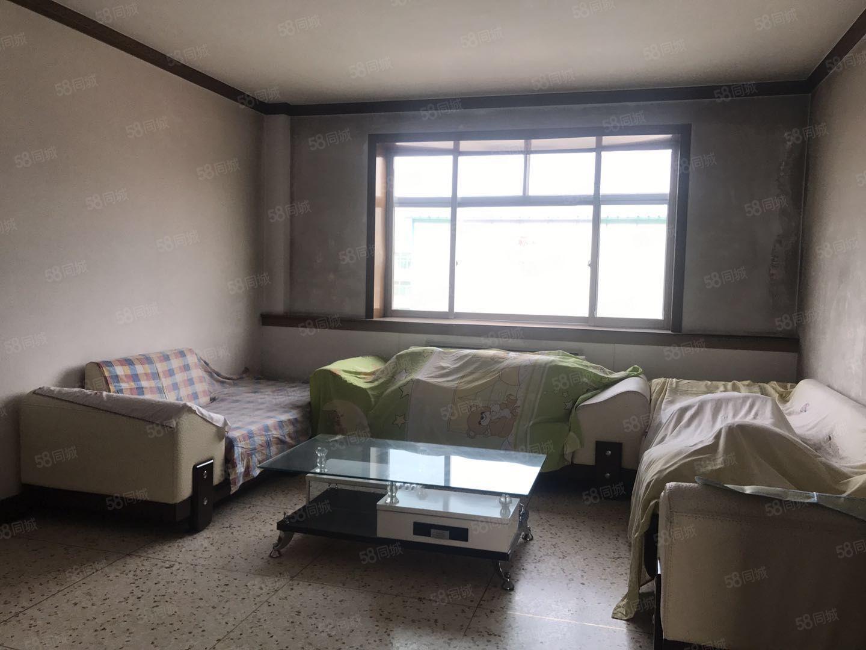玻璃厂宿舍120平米3阳卧精装修拎包入住年租11000