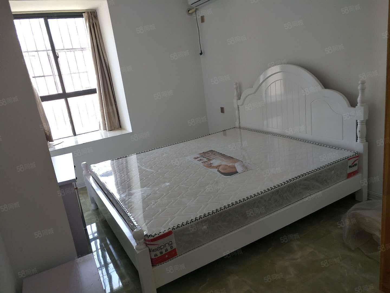 万达旁精装单身公寓拎包入住900到1300由您选!