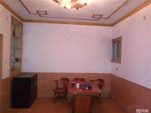 永利娱乐场银苑路三眼桥农贸市场近132平米,3室2厅,带杂屋