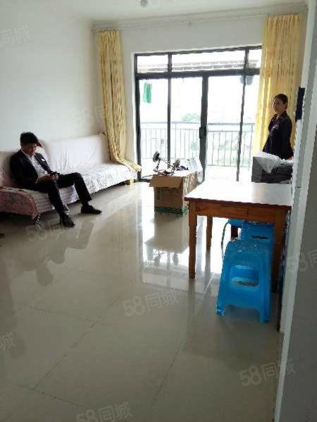 北京路旁红惠园小区简单装修5楼电梯房带家具房东急售看房联系