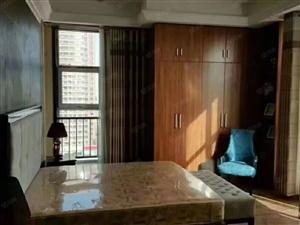 天福公寓,首付5万,紧邻旧广场,三小四小九中,繁华地段