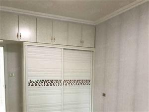 急出售城南莲花雅苑90平方住房,二室二厅,精装,高层电梯房