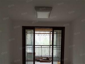 大成郡精装室洋房出租,120平1200每月空房子