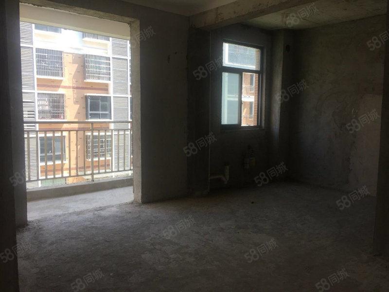 新街口大型高端小区两室两厅