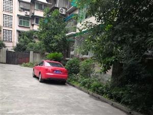 房湖苑带屋顶花园,洗衣房148平