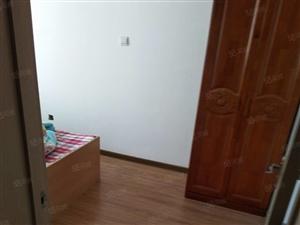 府前小区,,二楼,带家具,现房出租