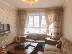 还在为租房子发愁吗,桃源小区精装3房给您带来温馨感