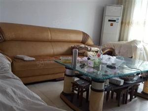 泸县原野市场简装三室出售