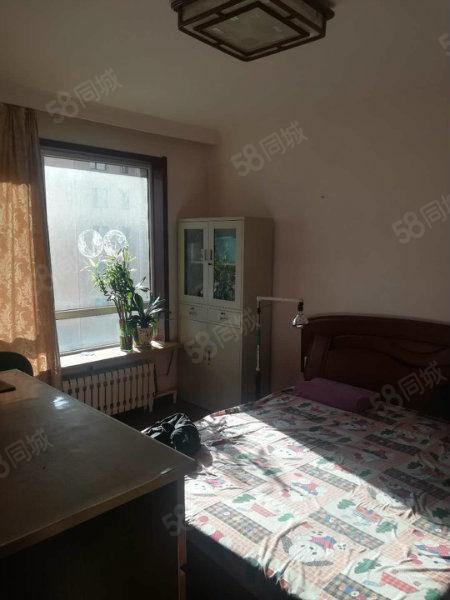 大港莱茵华庭90平米两居室出售