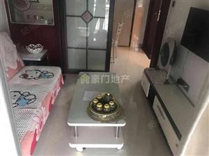 君裕东湖带客厅带餐厅的精装单身公寓设备齐全拎包入住