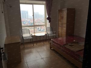 房东个人万达及万达周边小区多间一房一卫单身公寓便宜出租