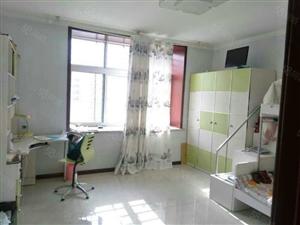 东城丽景国际6楼110平,带空调洗衣机出租1080元