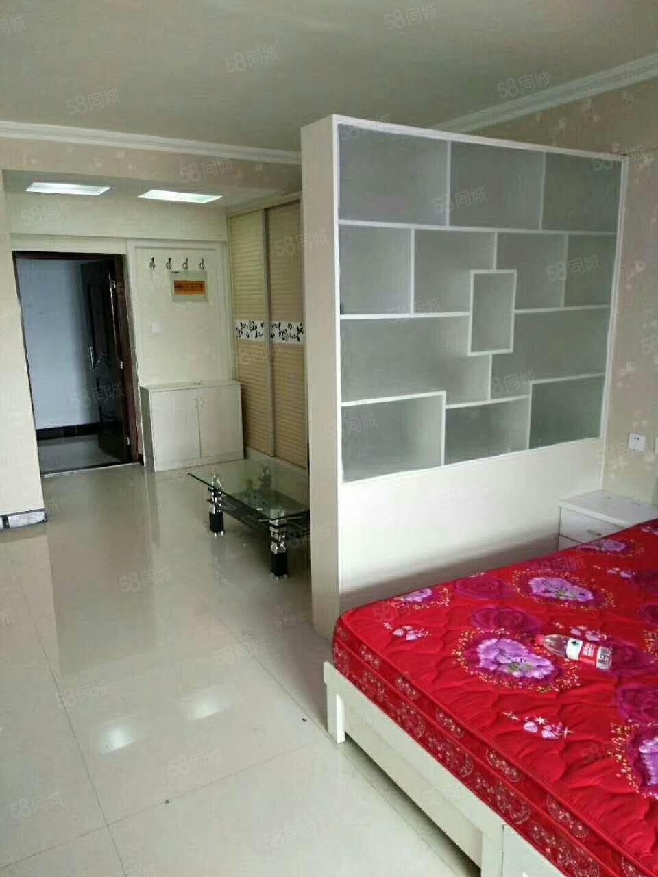 澳门银河注册(万和公寓)1室1厅精装修有家具家电可拎包入住年付
