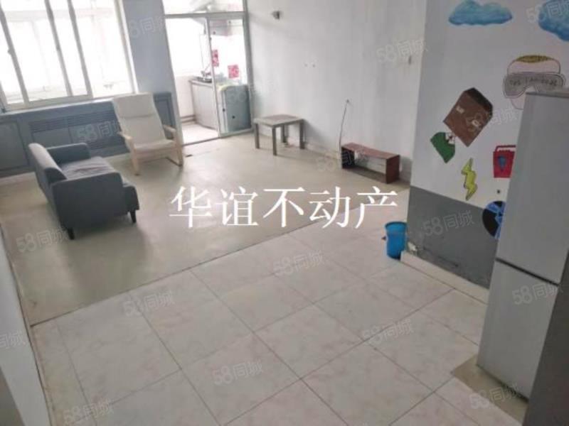 大润发北一里,1居室南北通透家具家电齐能洗澡能做饭双人床