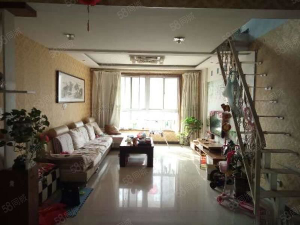 明月豪苑送阁楼,随时看房,房本满五可贷款业主诚意出售