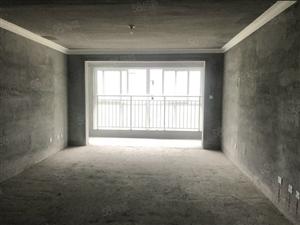 富园雅郡毛坯大三房带地面储藏室业主诚心出售位置安静
