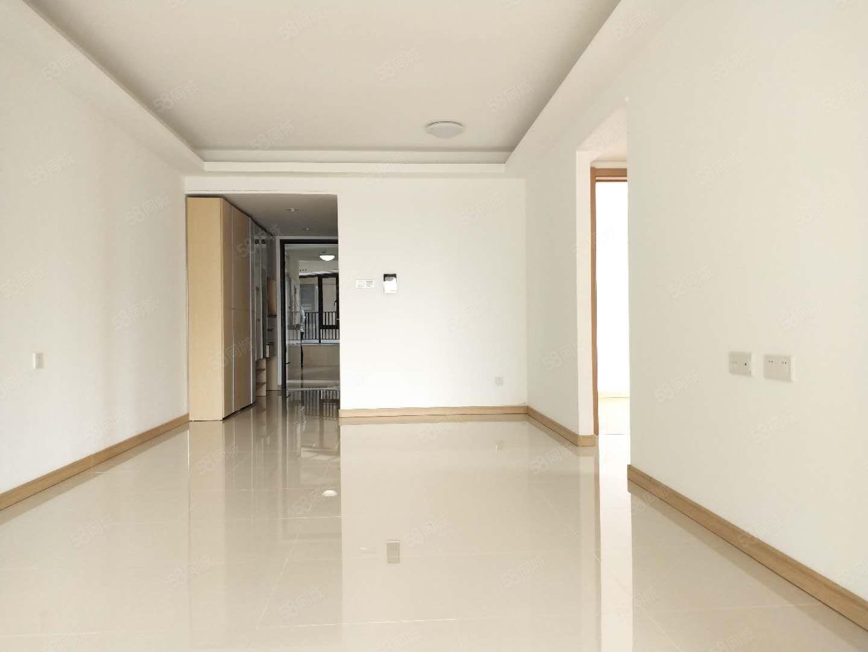 萬科南部灣業主急售195萬中高樓層客廳朝南隨時看房