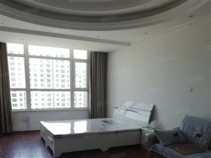 佳联国际精装一室新房首次出租