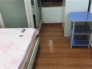百江花园(沃尔玛旁)单身公寓出租(房东可月付)