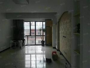 在水一方一期楼梯房128平米4室仅售49.6万刚装修