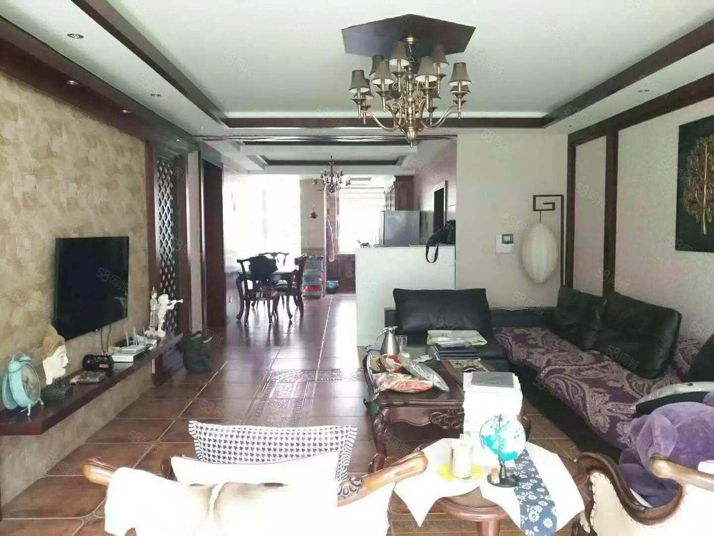 朝阳路豪华装修三室两厅两卫带前后绿化价格包含全套家具家电