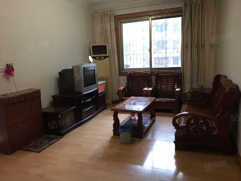北门广场两室出租,家电齐全拎包入住