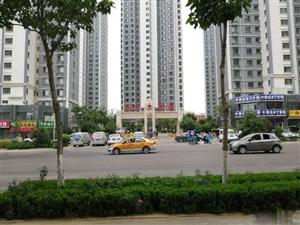 高铁东岳鑫诚商铺现房商铺送车位现在选购还有优惠